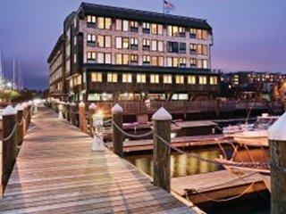 Inn on Long Wharf