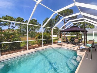 Endless Summer - Tastefully Decorated Pool Home