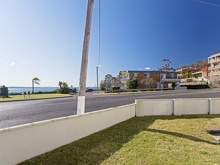 13 'Bayview Towers', 15 Victoria Parade - ground floor three bedroom unit right