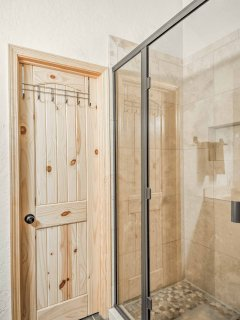 Rinse off easily in the walk-in shower.