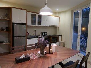 Van Mieu View - Luxury Apartment for family