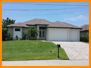 Cape Coral 295 - waterfront villa with private pool and boat dock