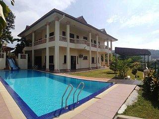 Alimah Villa - TTDI Homestay