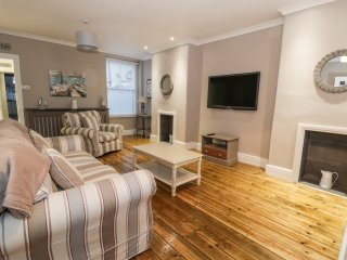 SWN-Y-MOR, WIFI, centre of Beaumaris, Smart TV, Ref 966765