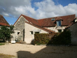 Walnut Lodge, 2 bedroom Gite for holiday rental in rural France