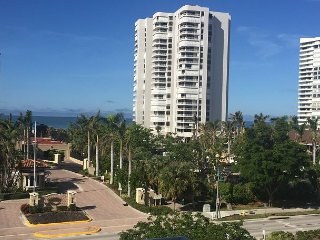 San Marco Residences #509 - 1 Bed Direct Beach Access