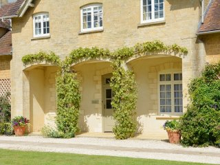 Sandown Cottage - Holiday Cottages in Cotswolds