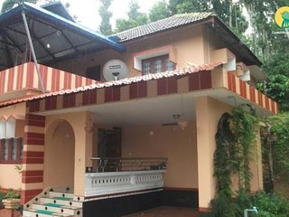 Charming 4-BR homestay, ideal for a group getaway