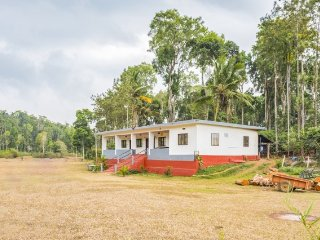 Idyllic stay for a group of backpackers