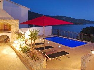 Luxury Villa Akvarel with pool by the sea on Korcula,Vela Luka