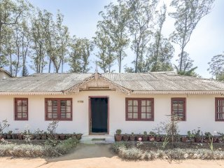 Traditional 2-BR homestay perfect for a family getaway