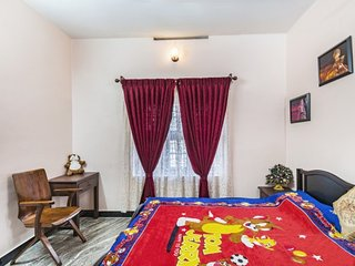 Commodious homestay for two, 800 m from Panamaram River
