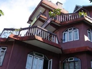 Budget room for 3 in Kalimpong