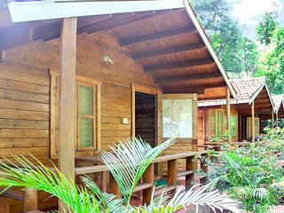 Idyllic stay for three, 1 km from Madikeri Fort