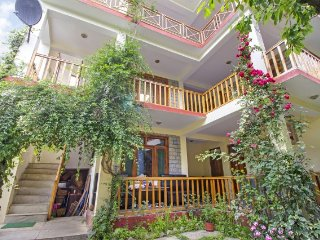 Homely 6-BR stay for 18