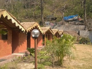 Restful cottage stay with recreational activities, for backpackers