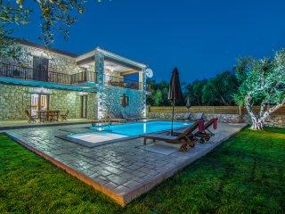 Adamas Luxury Stone Villas Villa III