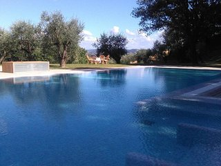 Villa Il Cerretino Tuscany luxury pool countryside Florence