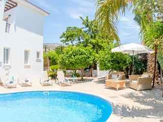 Villa Rocco, 3 bedroom private villa with pool offering tranquility and sea view