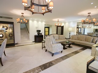 4+ Bedroom Beach Villa in the heart of JBR, Rimal