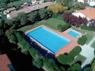 LA CICLETTA - BILOCALE con piscina e tennis comodo al centro di Lazise