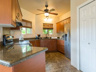Homestead Hideaway- 4 bdr/2 bath up to 14 guests! Perfect for family vacation!
