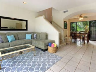 Napili Gardens combo: Unit 4 & 12: Units across each other, Total of 16 guests