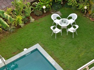 Ocean view Luxury Candolim Pool Villa - 4 Bed