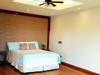 West End: room for 4 guests in a tropical island// Shuttle FREE from Airport