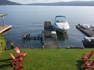 Lady Blue on Lake Washington, paradise awaits you!