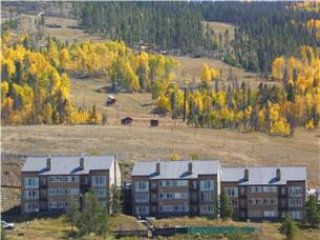 Spacious ski in /ski out condo in Granby Ranch Colorado