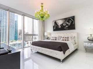 ★Available Labor Day★Waterfront★Downtown Miami★