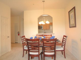 Upgraded 3BR Resort Condo, 2.5 Miles to Disney