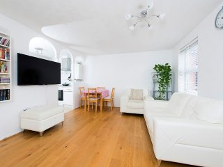 Central London Camden Town 2 bed Apartment