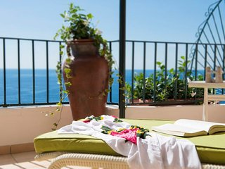 Positano Apartment Sleeps 6 with Air Con and WiFi - 5218535