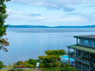 OCEANFRONT Condo~Stunning Views~INN OF THE SEA RESORT~Seaside Pool & Hot Tub