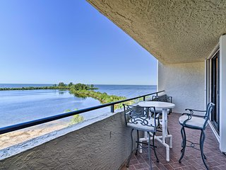 Beachfront Hudson Condo w/ Gulf Views!
