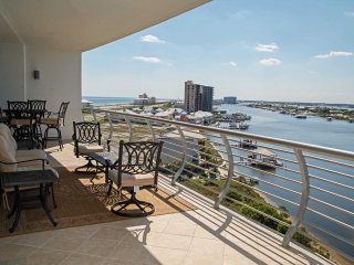Fall Into A Vacation ~ Bay Front ~ Great Amenities ~ All Tile ~  Bella Luna 803~