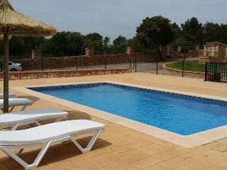 Finca with pool 10 minutes from Palma. Interior Mallorca. WIFI. BBQ Satellite TV