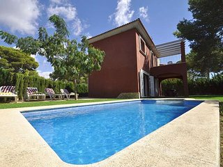 House 8 people, 4 bedrooms in Cala Pi. Private pool. Children welcome -66856-