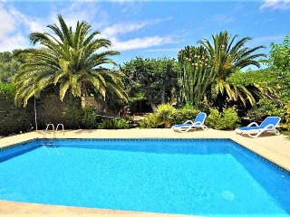 Finca for 8 people, 'Es Rafal de Baix', Son Servera. Private pool. BBQ Wifi. Sat