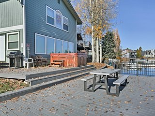 Waterfront Lake Tahoe Home w/ Hot Tub & U-Dock!