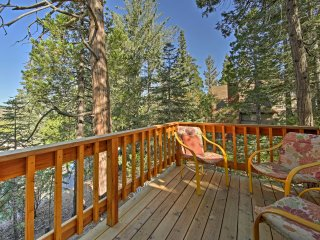 Serene Cabin w/Deck 1.5 Miles to Lake Arrowhead!