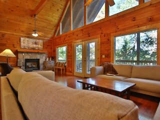 Private Pigeon Forge Cabin w/Hot Tub, Deck & Views