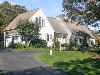 Spacious Carleton Shores 4BR w/ Outdoor Space & Private Beach Access