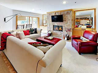 3BR Condo w/ Heated Pool - 2 Mins to Slopes, 1 Mile to Historic Main Street