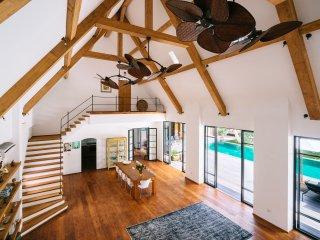 Villa Elizara Umalas/Canggu with private 20 meter pool