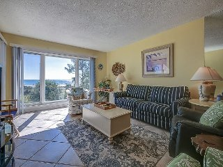 309 Shorewood - 2 Bedroom - Stunning Oceanfront Villa!