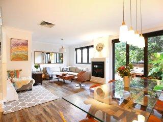 Peaceful Family home in Vibrant North Bondi