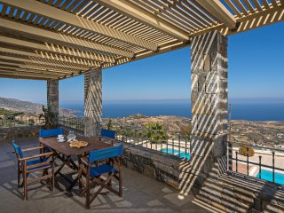 Anemomylos Apartment with Amazing Sea Views